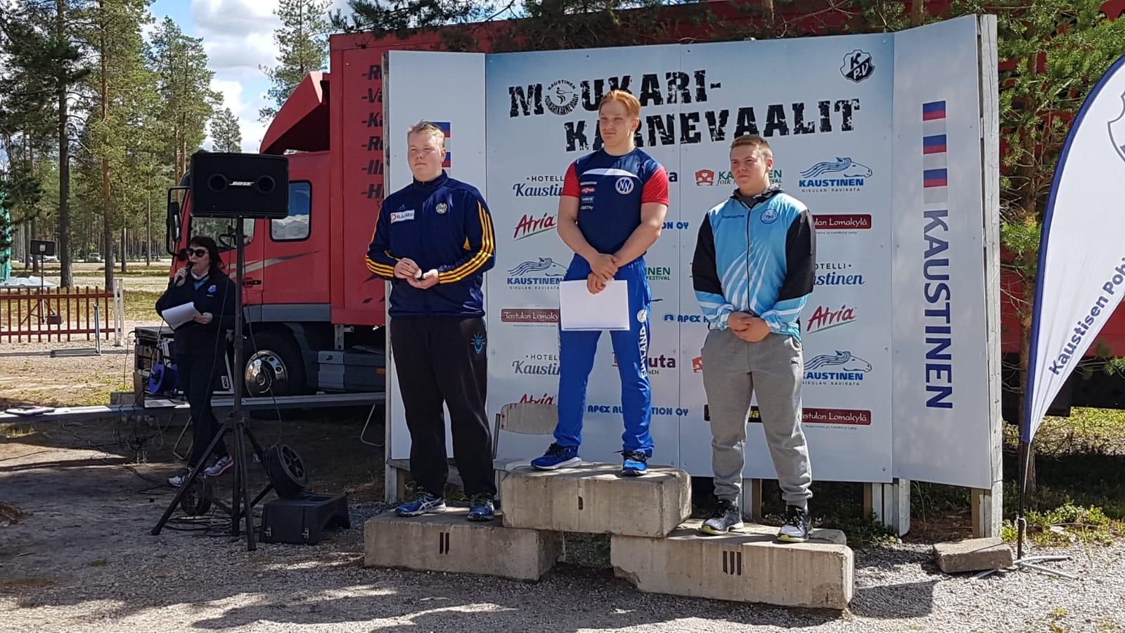 Oskari Lahtinen voittoon karnevaaleilla